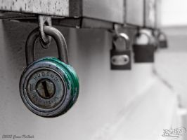 Green Padlock by PaSt1978