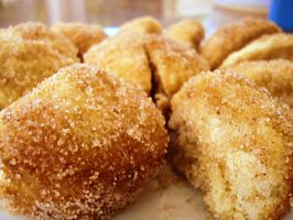 Doughnut Muffins rolled in Cinnamon Sugar by ponylov
