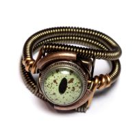 Steamppunk ring with green eye by CatherinetteRings