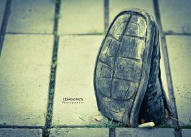 Shoes against war  by Cesar by Gr4Dm4n
