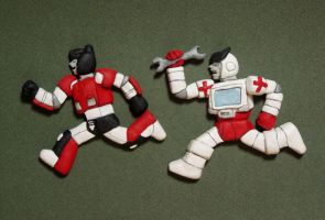 TF: Ratchet and Sideswipe Magnets by Zanne