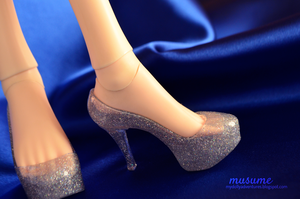 Withdoll Silver Heels [Review] by musumedesu