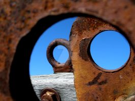 Rusty Circles II by ThatHatChick
