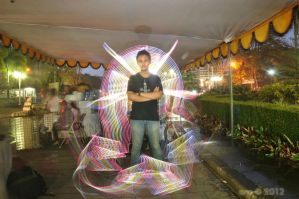 light painter by y0h4nes