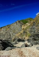Descend to the beach by jochniew