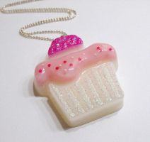 Big Cupcake resin Pendant by 2littleKisses