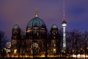 Berliner DOM by rcovelo
