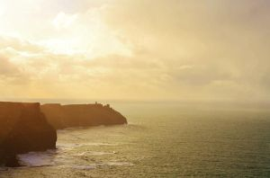 Cliffs of Moher by bougainvillea