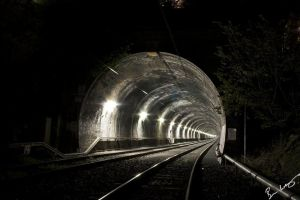 Train tunnel by boodleberry
