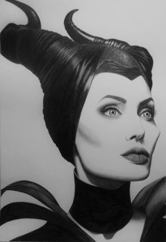 Maleficent by Danielepds