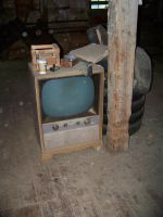 Old TV by canadianman000