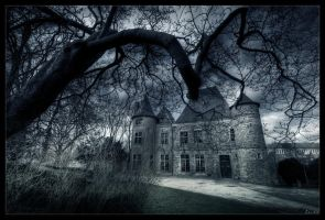 Witches cave by zardo
