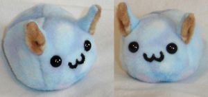 Big-eyed Puff Puggle by callykarishokka