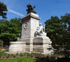 Stone monument to Antoine Louis Barye by EUtouring