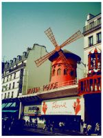 Le Moulin Rouge by illusiondevivre