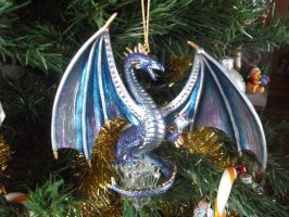 purple dragon ornament by legendarydragonstar