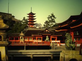 itsukushima shrine by akira-shock