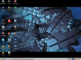 Desktop 072007 by VooDooFreaK