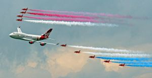 Red Arrows and Virgin 747 by rosswillett