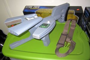 Atalskes Phaser-V by Triple-Fiction Productions(1) by galaxy1701d