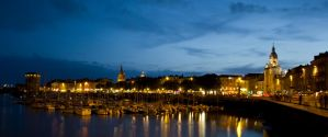 la rochelle by night by valentinous