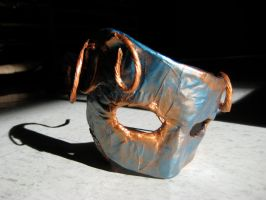 Mask by solitarymuse