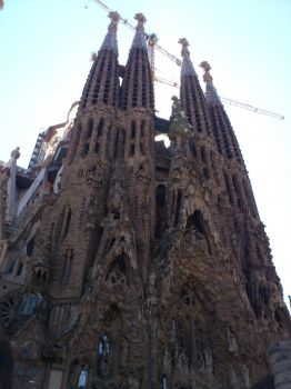 Sagrada familia by Anne-Wolf