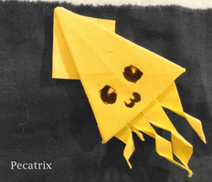 Sticky-note Origami Squid by pecatrix