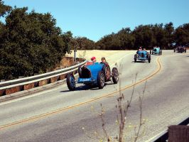 Road rally of pre war Bugattis by Partywave