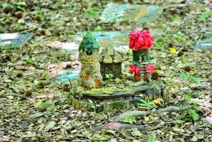 Fairy Tribe Huts by sioranth