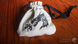 Embroidered Tribal Dragon Dice Bag [G Shane] by MamaELM