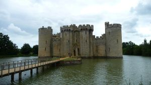Bodiam Castle III by aberlioness