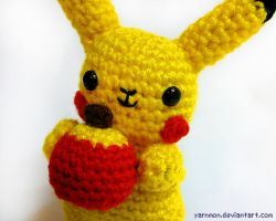 Pikachu Pokemon Amigurumi by yarnmon