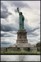 Liberty statue by PedroKin