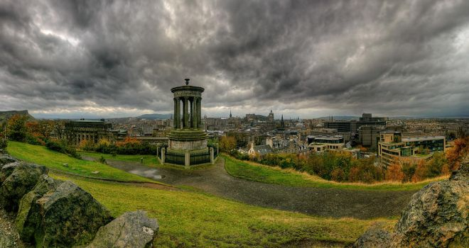 Welcome to Edinburgh by wreck-photography