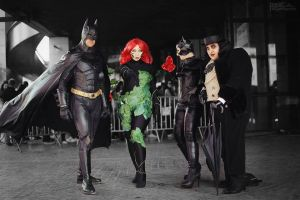 Batman cosplay team by EnModeCroft