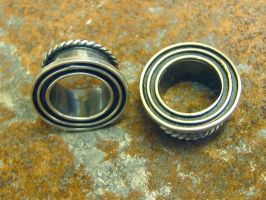 concentric eyelets by discomedusa