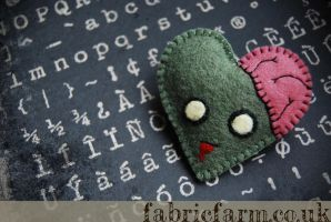 I love Zombies Heart Brooch by fabricfarm