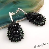 Imbaelk earrings by Ran-Arashi