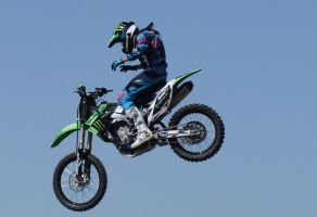 Motocross Stunts a4 by Araluen-Ekala