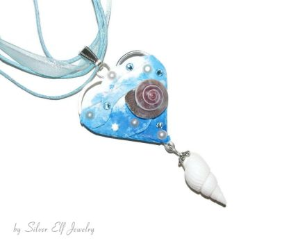 Daughter of the Sea pendant by Lyriel-MoonShadow