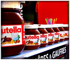 Nutella Addiction by grenouille-enchantee