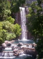 Vegas Waterfall 3 by valkyriesinger