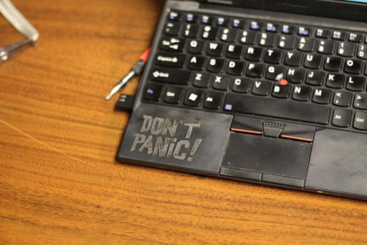 Hitch Hiker's Laptop by ctageo