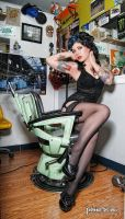 Fun at the Tattoo Parlor II by Miss-MischiefX