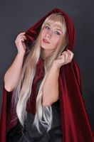 Little Red Riding Hood by AnaMaria88