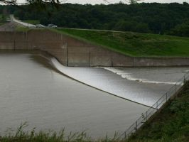 Spillway June 11th 2008 by canis7