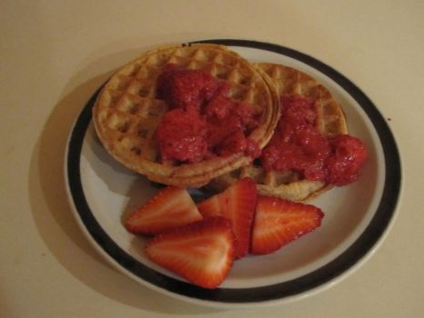 Stawberry waffles by nightblue1991