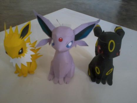 Jolteon, Espeon and Umbreon by henechi