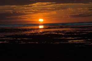 Sunset at the Mildura wreck site in Exmouth by dottys-friend
